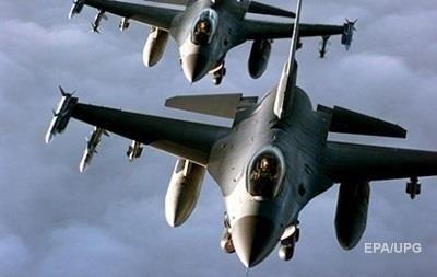 США и коалиция нанесли 22 авиаудара по позициям Исламского государства
