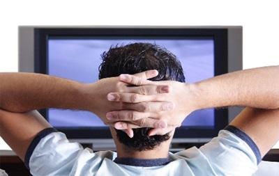 Длительный просмотр телевизора ускоряет развитие серьезной болезни – ученые