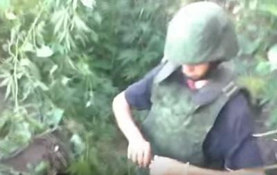 На Донбассе детей учили бросать боевые гранаты