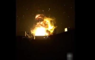 В Сети появилось видео мощного взрыва на химическом заводе в Китае