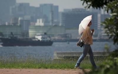 В Японии из-за жары пострадали почти 55 тысяч человек