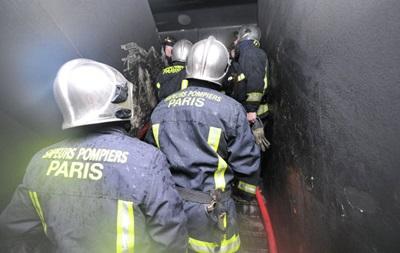 При пожаре на севере Парижа погибли восемь человек – СМИ
