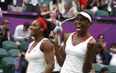US Open: Сестры Уильямс вышли в третий круг