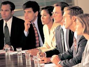 Социопсихологи: Больше шансов на лидерство у тех, кто много говорит