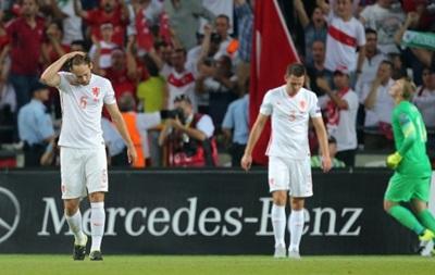 Голландия проиграла Турции и может не попасть на Евро-2016