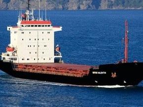 Украинские моряки арестованного в Греции судна согласились прекратить голодовку
