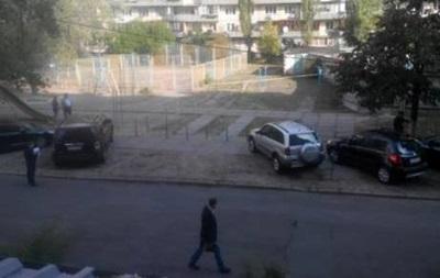 В Киеве под автомобилем нашли гранату - СМИ