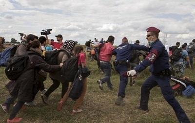 Венгрия стягивает военных на границу с Сербией