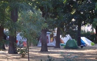 На Куликовом поле в Одессе ромы развернули палаточный лагерь