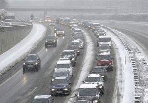 В Киеве выпал первый снег: ГАИ сообщает, что непогода не повлияла на количество ДТП