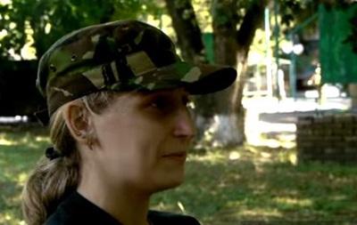 Дочь Яроша работает в батальоне отца