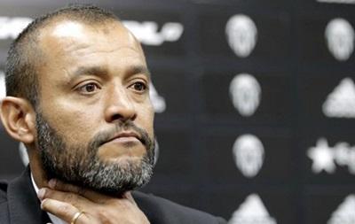 Фанаты Валенсии требуют отставку тренера