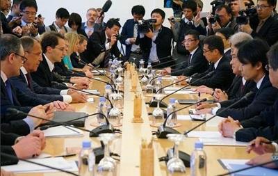 Россия и Япония возобновили обсуждение мирного договора