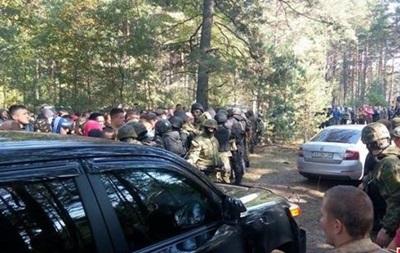 Янтарные войны: задержаны 80 копателей, перекрывших трассу на Варшаву