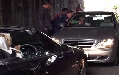 Двое британских водителей 40 минут не могли разъехаться в тоннеле