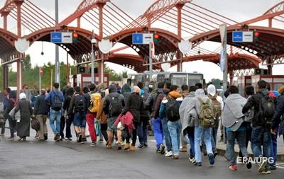 Венгрия направляет поток беженцев через Хорватию
