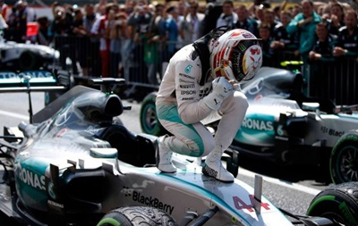 Формула-1: Хэмилтон в третий раз в карьере выиграл Гран-при Японии