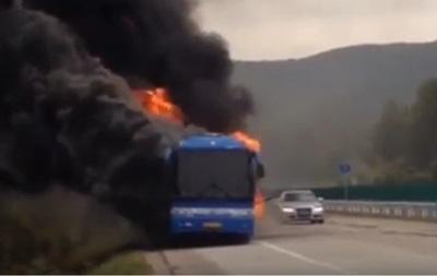 В Китае загорелся автобус с российскими туристами