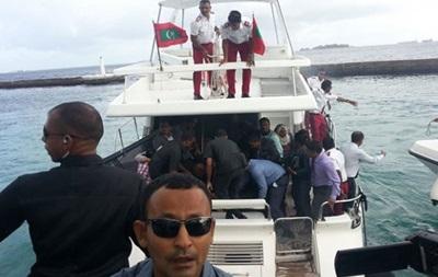 На Мальдивах взорвался катер с президентом страны