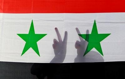 Россия не может позволить Сирии развалиться — Лавров