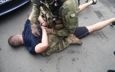 На Буковине задержали торговцев оружием из зоны АТО