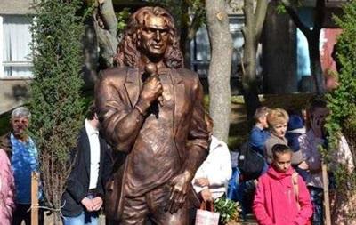В Украине установили первый памятник Кузьме Скрябину