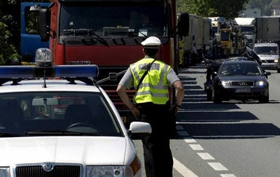 Во Франции в грузовике-рефрижераторе обнаружен 31 мигрант