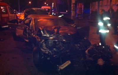 В Черкассах в ДТП погибли три человека, еще восемь травмированы