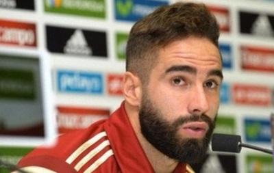 Защитник сборной Испании пропустит матч с Украиной