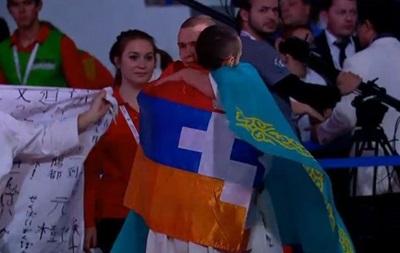 В России армянский спортсмен отпраздновал победу с сепаратистским флагом