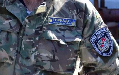 На Луганщине при задержании застрелили бойца  Торнадо