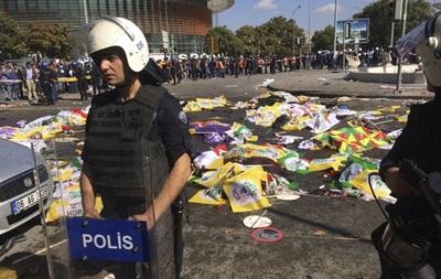 В турецком МВД назвали число жертв взрывов в Анкаре