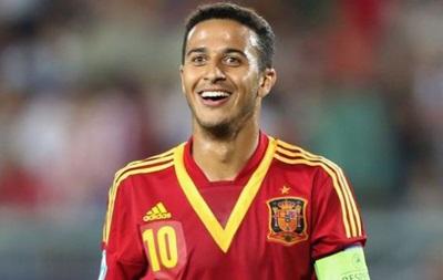 В Испании сотни игроков претендуют на место в сборной - Тьяго