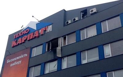 В Мукачево из гранатомета обстреляли торговый центр