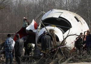 Прокуратура Польши: Упавшим под Смоленском Ту-154 управляли пилоты, а не главком ВВС