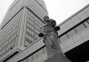 Чиновник киевской мэрии незаконно выдал 12 разрешений на размещение киосков