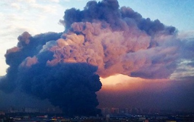 Пожар в Петербурге тушат уже более 14 часов