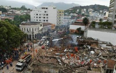Взрывом в Рио-де-Жанейро разрушены десятки домов