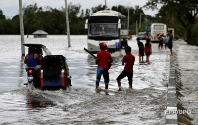 Тайфун на Филиппинах унес жизни 16 человек