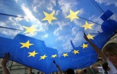 Украинцы стали лидерами по числу легальных мигрантов в ЕС