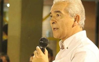 В Аргентине кандидат в мэры умер от инфаркта во время дебатов
