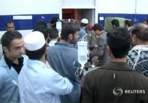 В результате двойного взрыва возле бильярдного клуба в Пакистане погибли более 80 человек