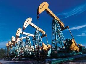В США увеличиваются коммерческие запасы нефти