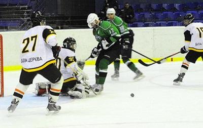 Хоккей: Кременчуг громит Витязь, Белый Барс обыгрывает Рапид