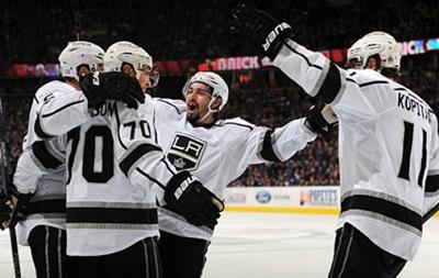 NHL: Пятая кряду победа Лос-Анджелеса, поражения Миннесоты и Калгари