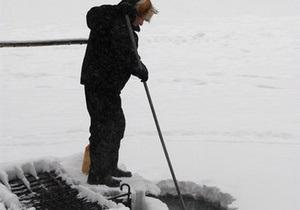 В Херсонской области спасли провалившегося под лед 76-летнего доцента