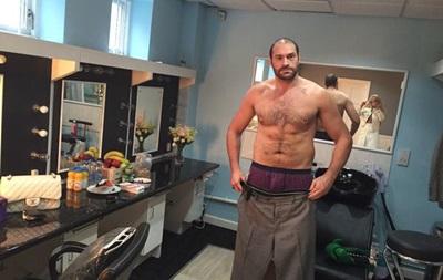 Тайсон Фьюри хочет отправить Кличко в нокаут и спеть в ринге
