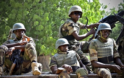 Нигерия сообщила об освобождении более 300 заложников Боко Харам