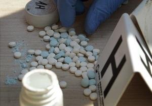 На учете в МВД состоят 150 тысяч человек, связанных с наркотиками