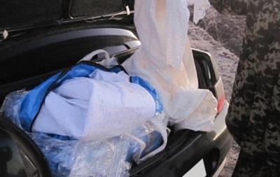 На Сумщине задержан груз контрабандных свадебных платьев
